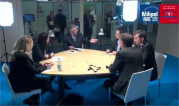 Talk-shows avec plusieurs professionnels de la sécurité discutant de l'usage des réseaux sociaux durant une gestion de crise